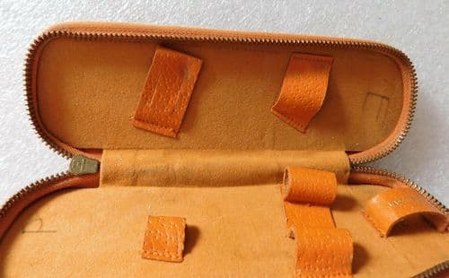 Vintage travel brush for shaving and grooming kit Wood and Leather with zip
